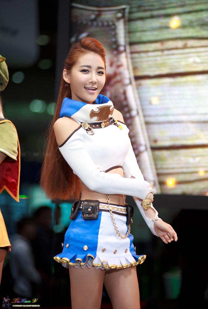 Showgirl G-star 2012: Bang Eun Young - Ảnh 2
