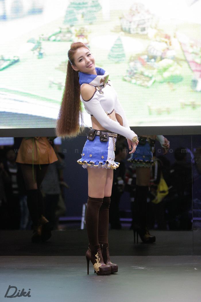 Showgirl G-star 2012: Bang Eun Young - Ảnh 16
