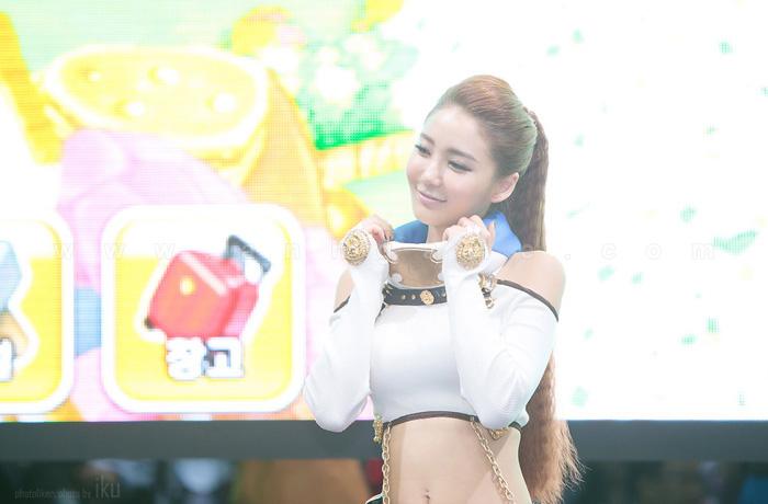 Showgirl G-star 2012: Bang Eun Young - Ảnh 18