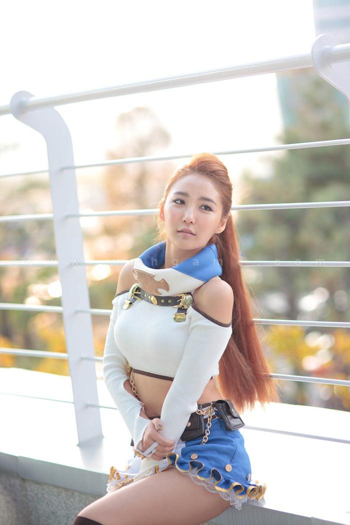 Showgirl G-star 2012: Bang Eun Young - Ảnh 22