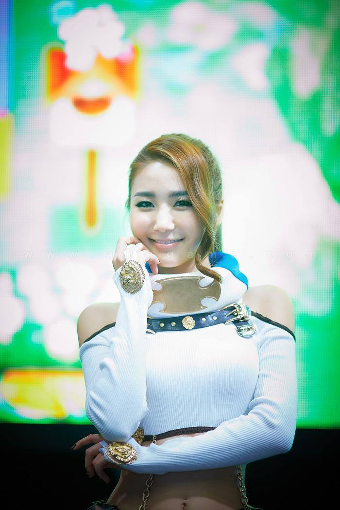 Showgirl G-star 2012: Bang Eun Young - Ảnh 24