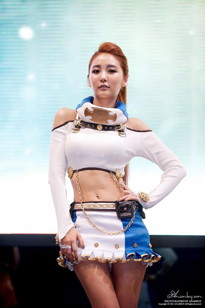 Showgirl G-star 2012: Bang Eun Young - Ảnh 25