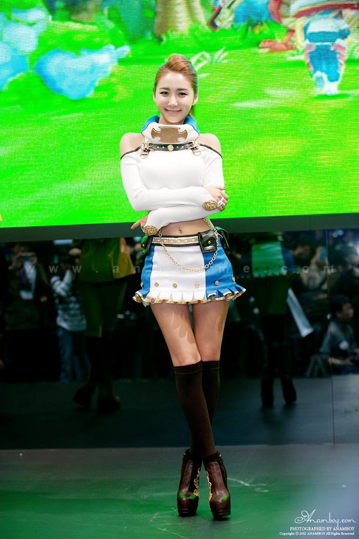 Showgirl G-star 2012: Bang Eun Young - Ảnh 33