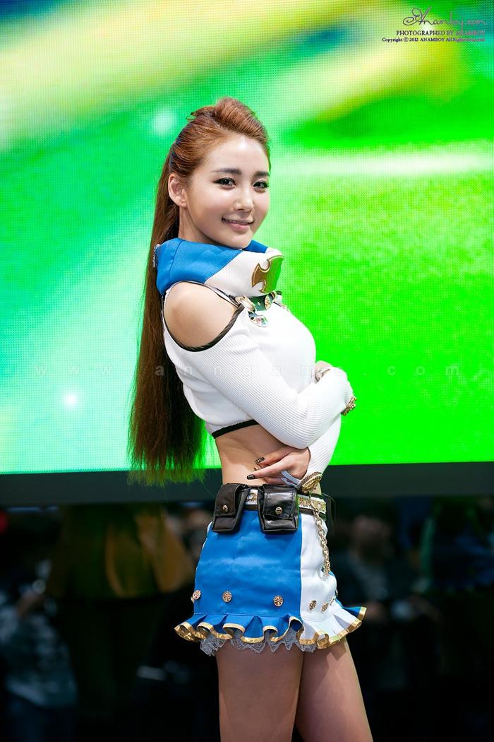 Showgirl G-star 2012: Bang Eun Young - Ảnh 34
