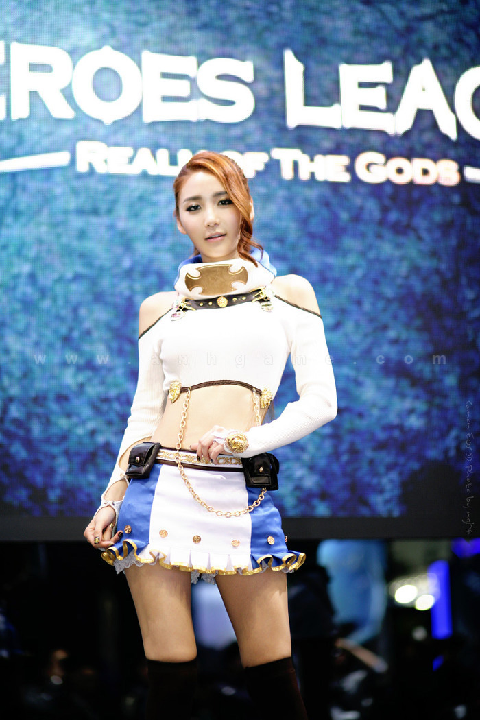 Showgirl G-star 2012: Bang Eun Young - Ảnh 40
