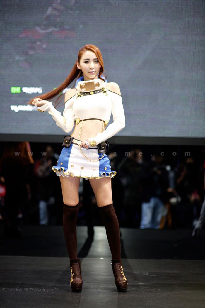 Showgirl G-star 2012: Bang Eun Young - Ảnh 41