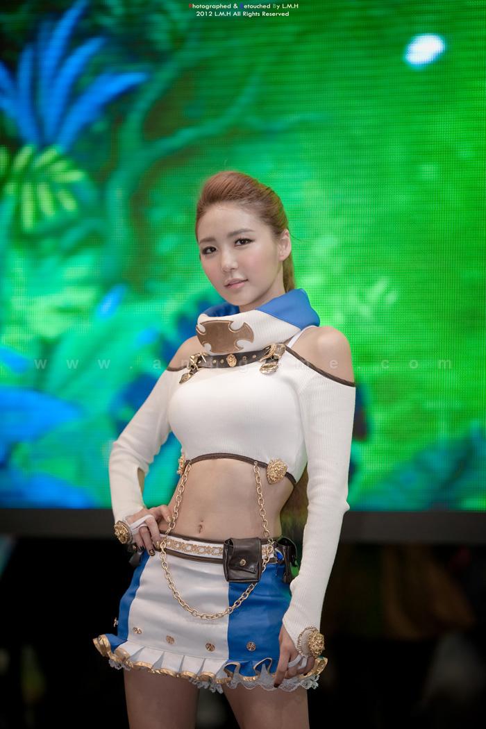 Showgirl G-star 2012: Bang Eun Young - Ảnh 50