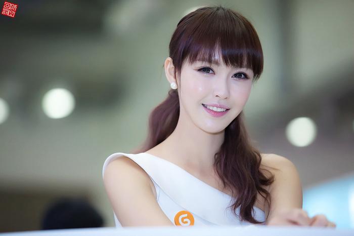 Showgirl G-star 2012: Kang Yui - Ảnh 3