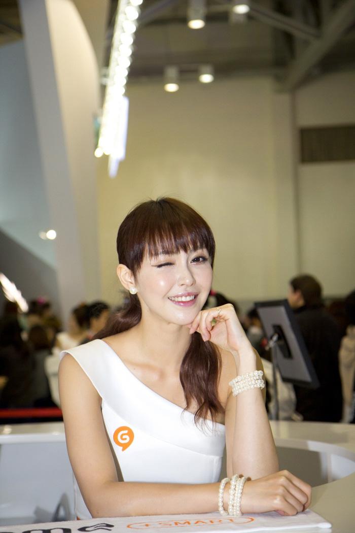 Showgirl G-star 2012: Kang Yui - Ảnh 13