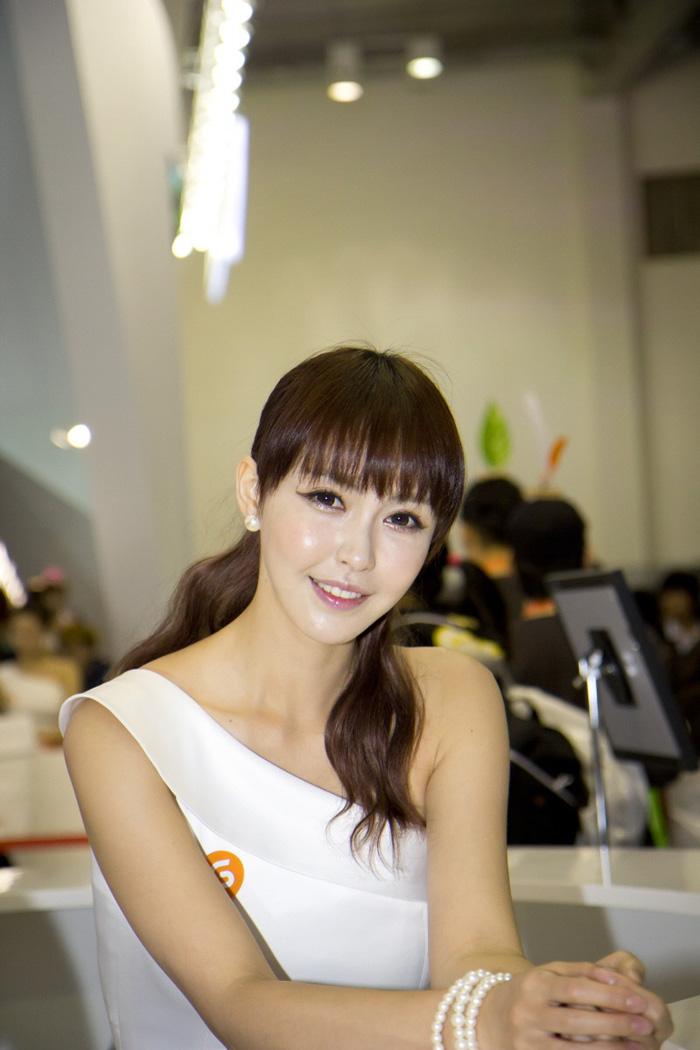 Showgirl G-star 2012: Kang Yui - Ảnh 15