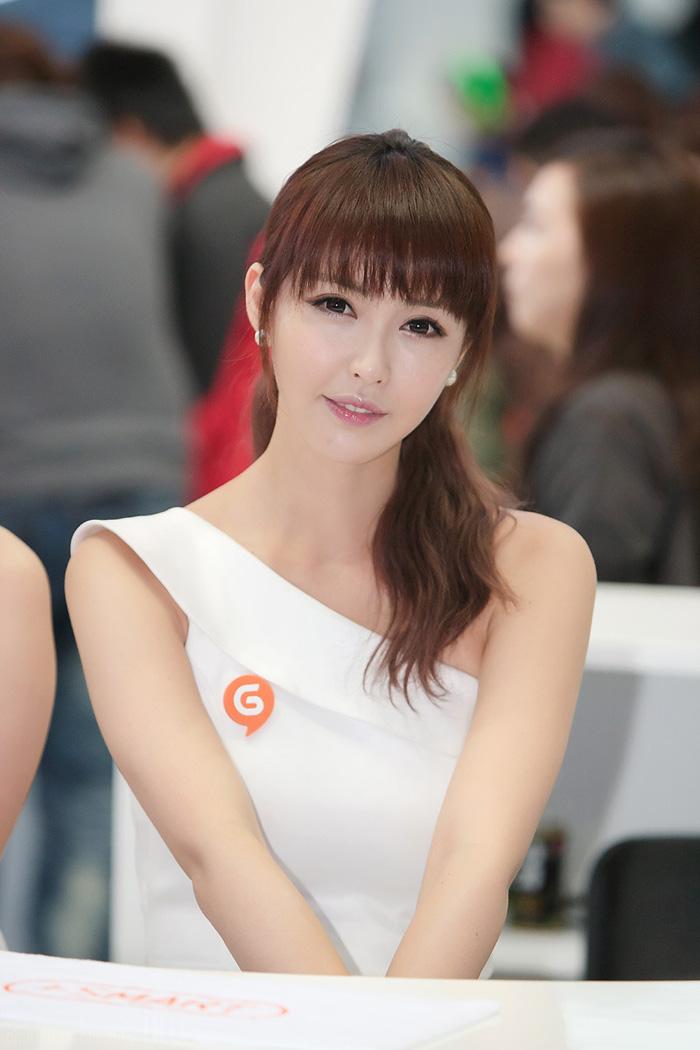 Showgirl G-star 2012: Kang Yui - Ảnh 22