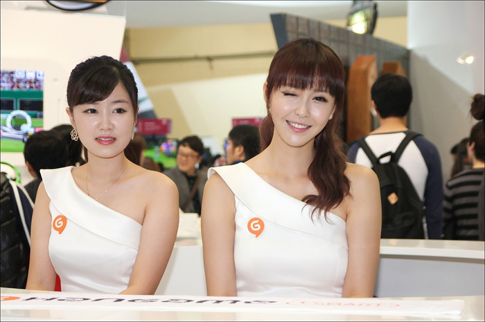 Showgirl G-star 2012: Kang Yui - Ảnh 24