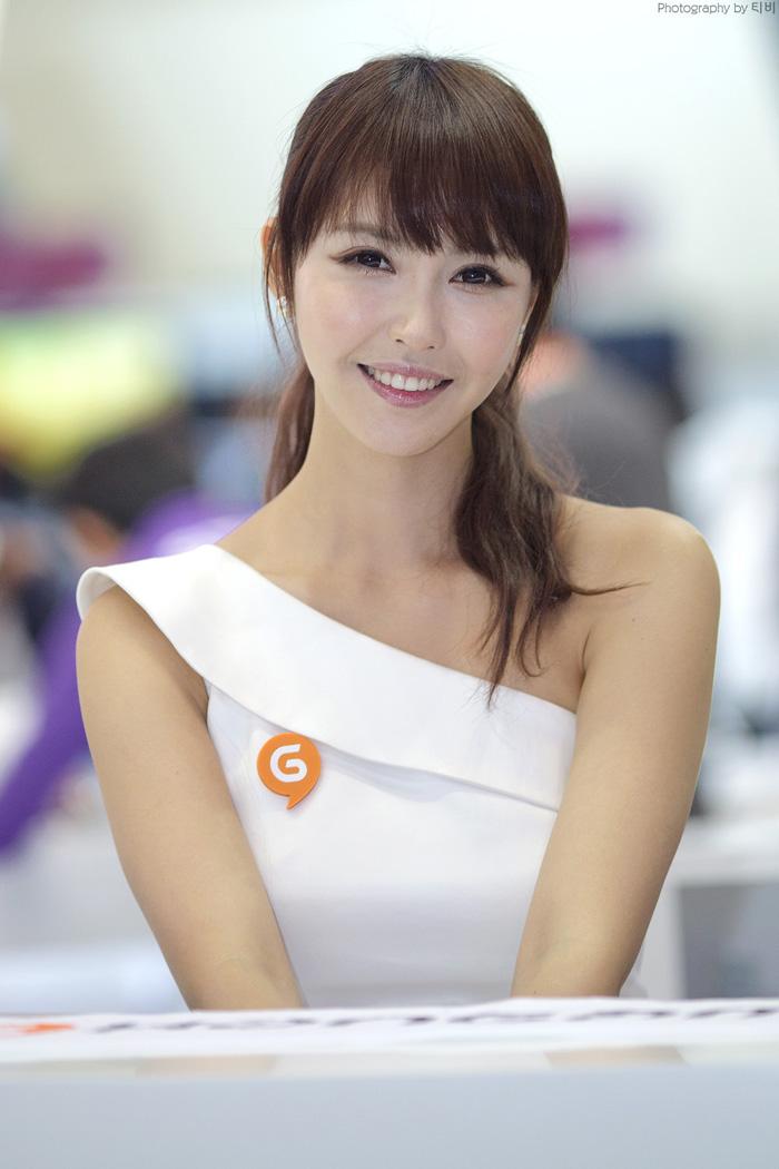 Showgirl G-star 2012: Kang Yui - Ảnh 26