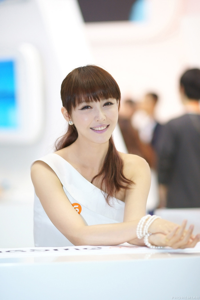 Showgirl G-star 2012: Kang Yui - Ảnh 29
