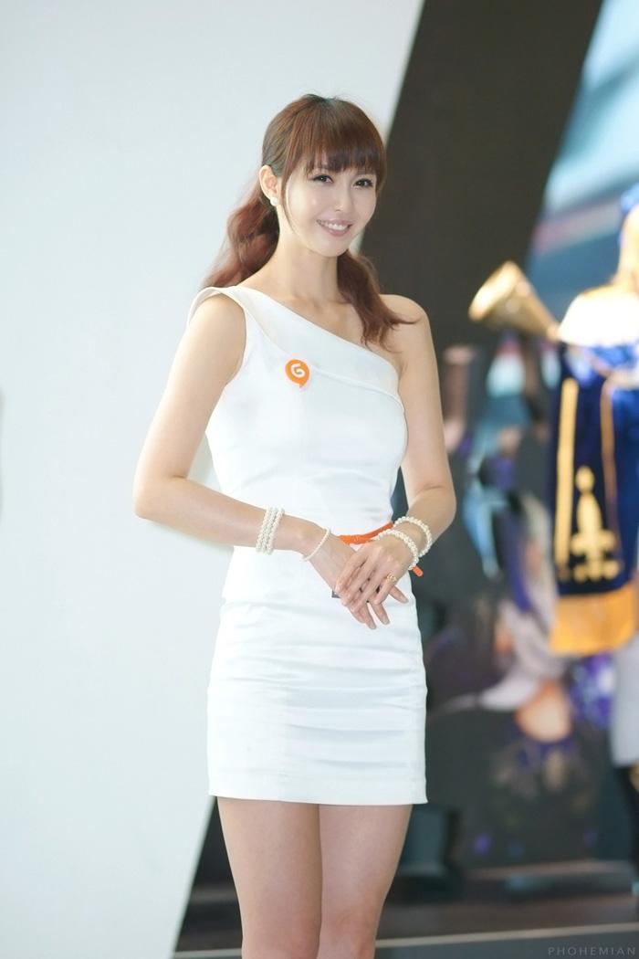 Showgirl G-star 2012: Kang Yui - Ảnh 33