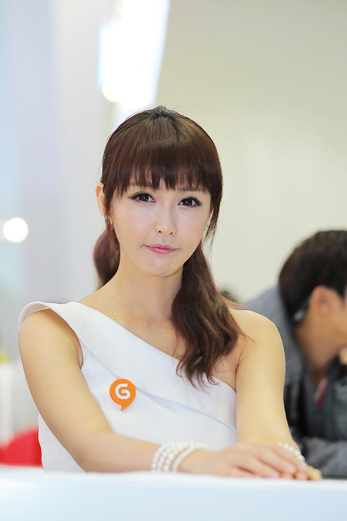 Showgirl G-star 2012: Kang Yui - Ảnh 39