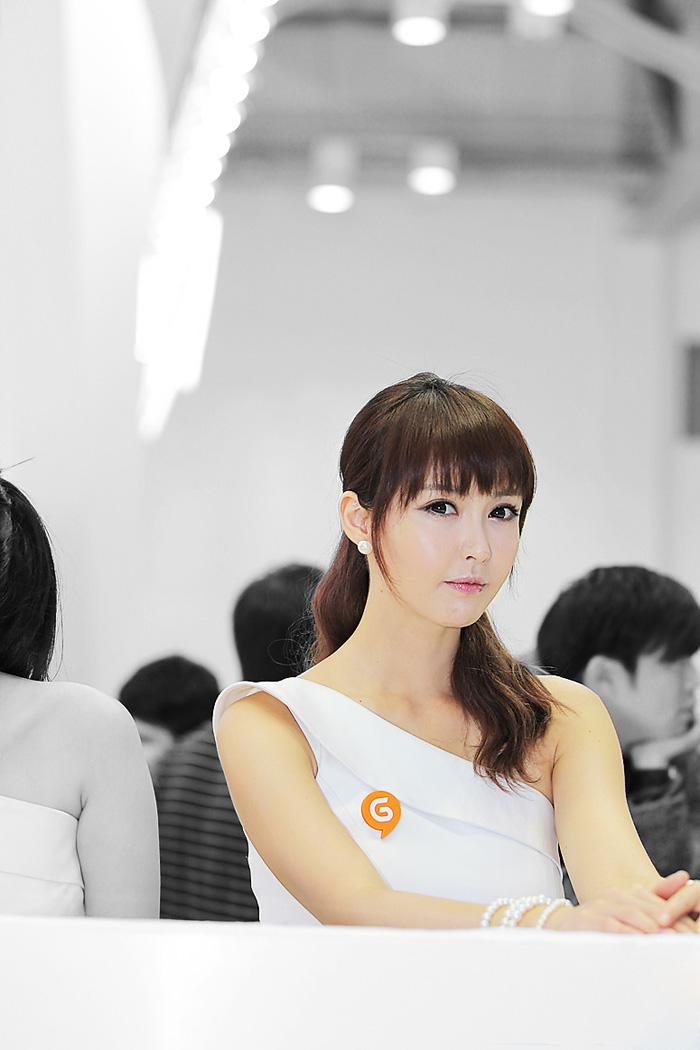 Showgirl G-star 2012: Kang Yui - Ảnh 41