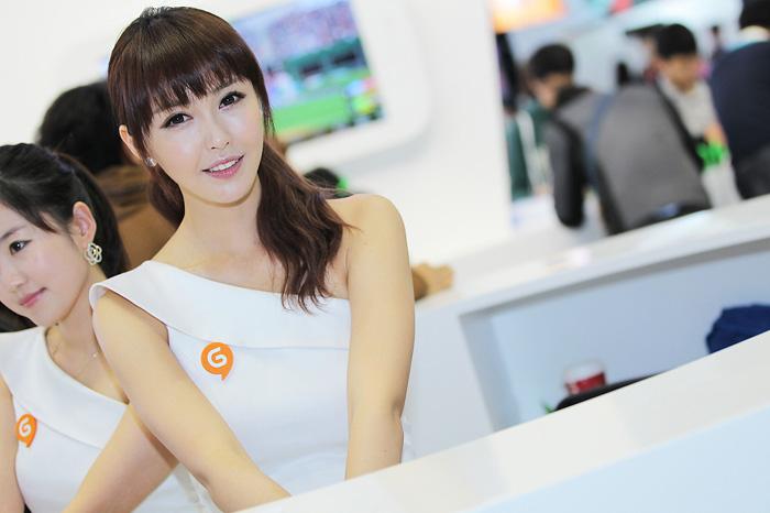 Showgirl G-star 2012: Kang Yui - Ảnh 45