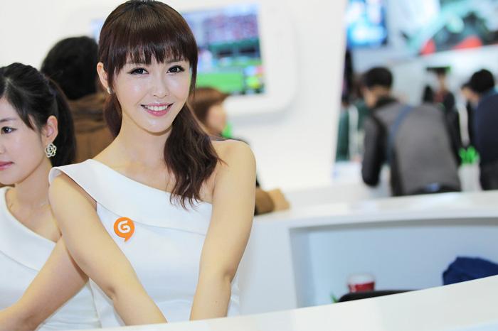 Showgirl G-star 2012: Kang Yui - Ảnh 46
