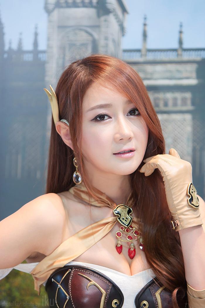 Showgirl G-star 2012: Han Chae Yee - Ảnh 12