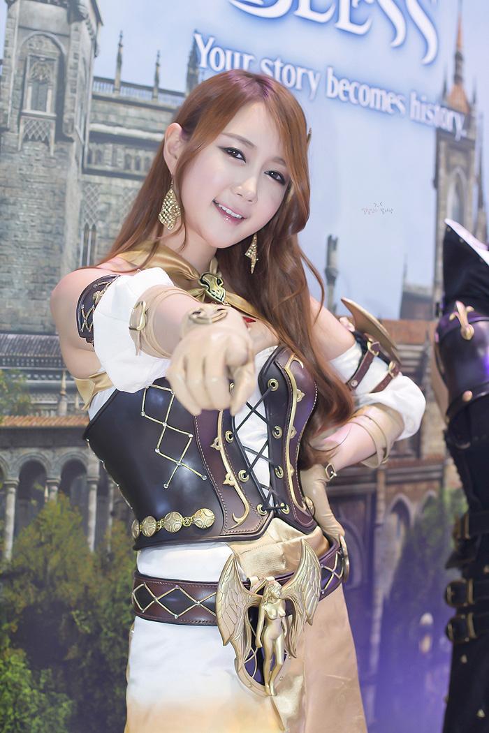 Showgirl G-star 2012: Han Chae Yee - Ảnh 60