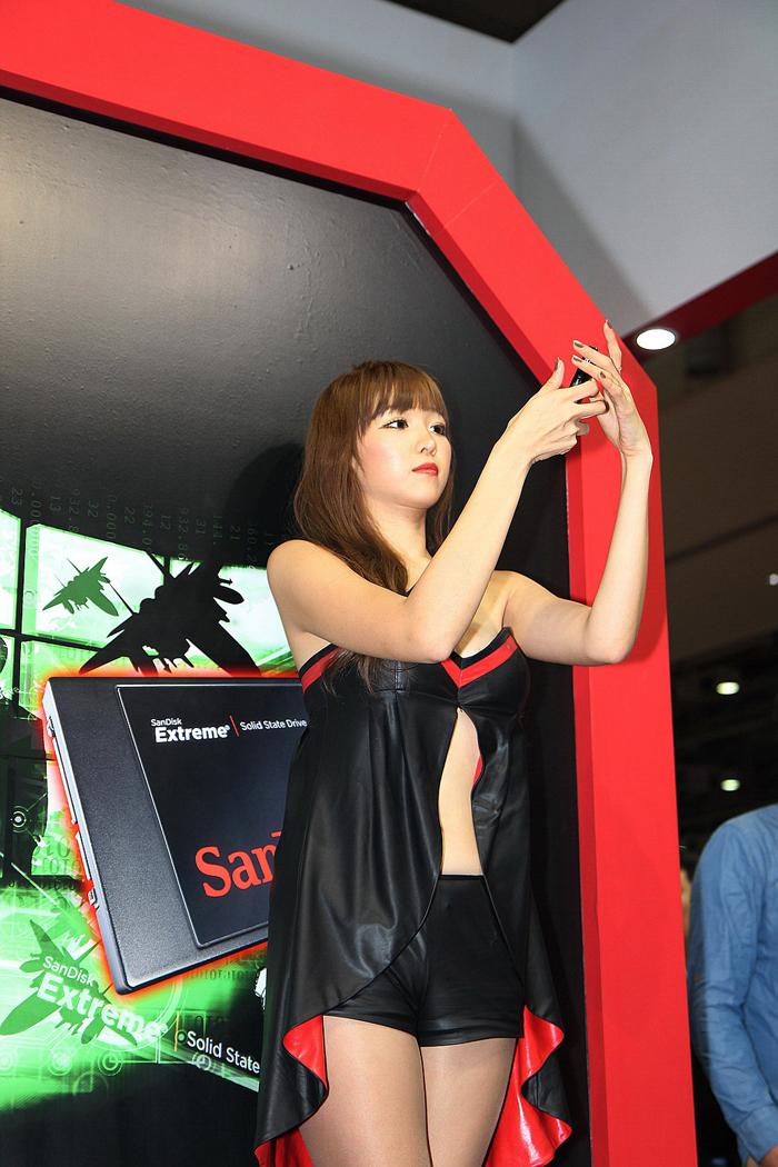 Showgirl G-star 2012: Lee Eun Hye - Ảnh 9
