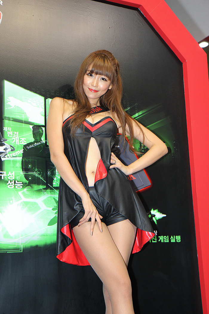 Showgirl G-star 2012: Lee Eun Hye - Ảnh 10
