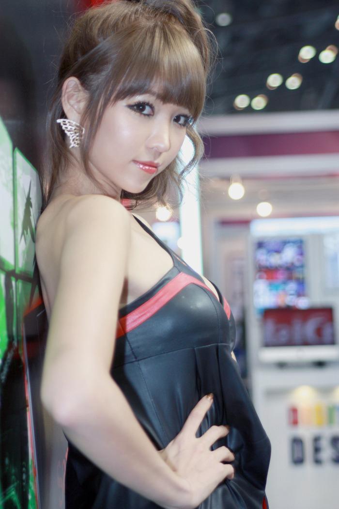 Showgirl G-star 2012: Lee Eun Hye - Ảnh 13