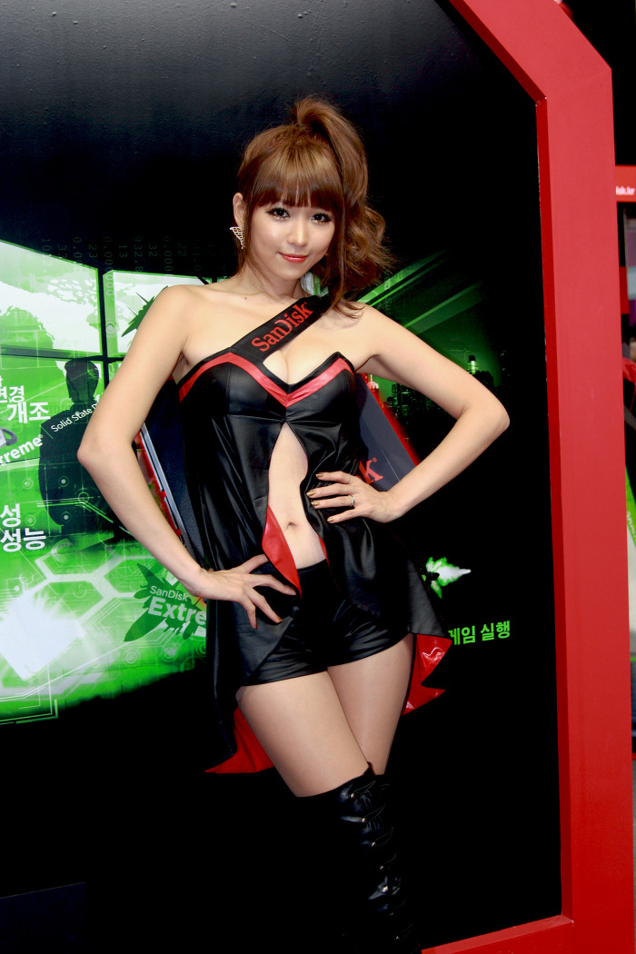 Showgirl G-star 2012: Lee Eun Hye - Ảnh 49