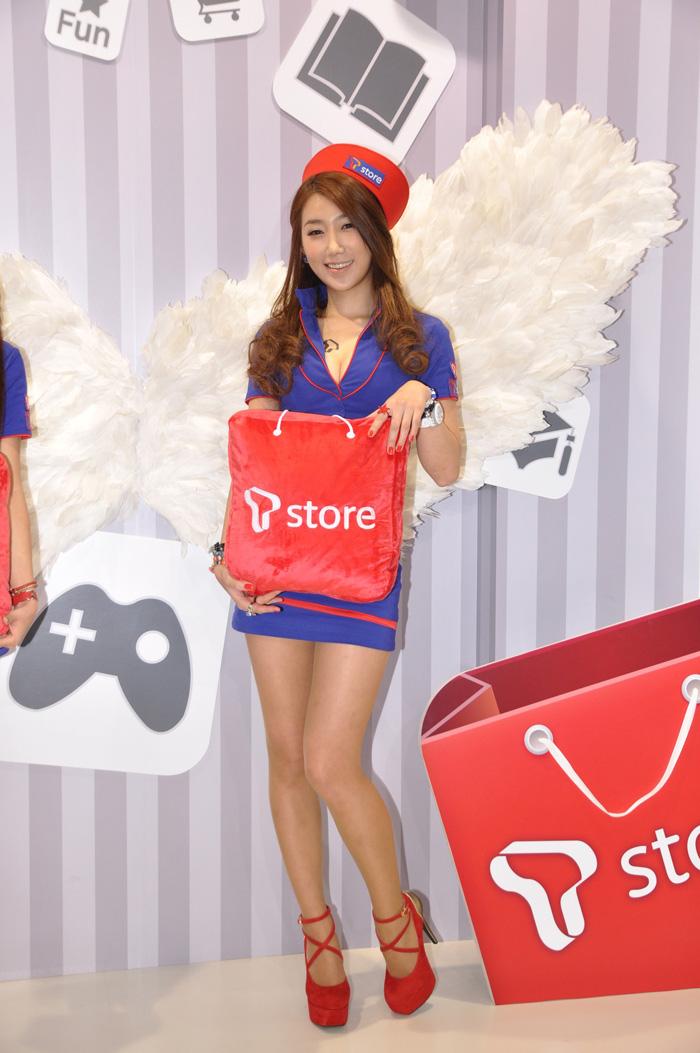Showgirl G-star 2012: Lee Sung Hwa - Ảnh 18