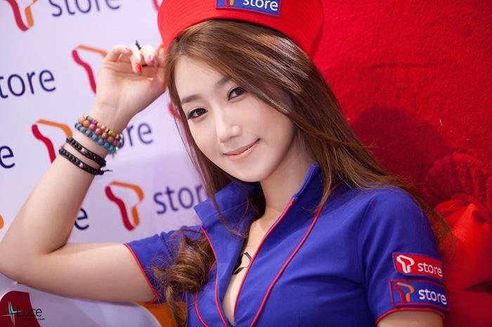 Showgirl G-star 2012: Lee Sung Hwa - Ảnh 41