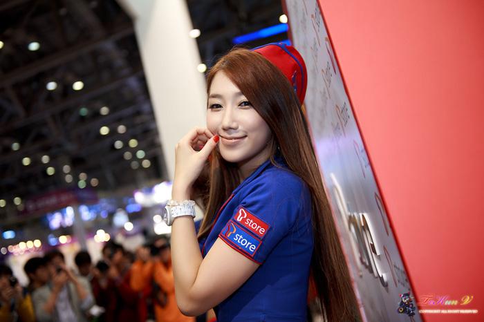 Showgirl G-star 2012: Lee Sung Hwa - Ảnh 54