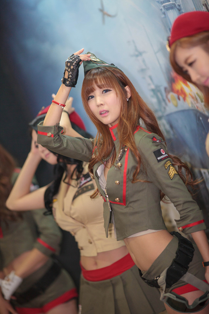 Showgirl G-star 2012: Lee Yoo Eun - Ảnh 38