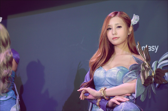 Showgirl G-star 2012: Park Soo Yu - Ảnh 2