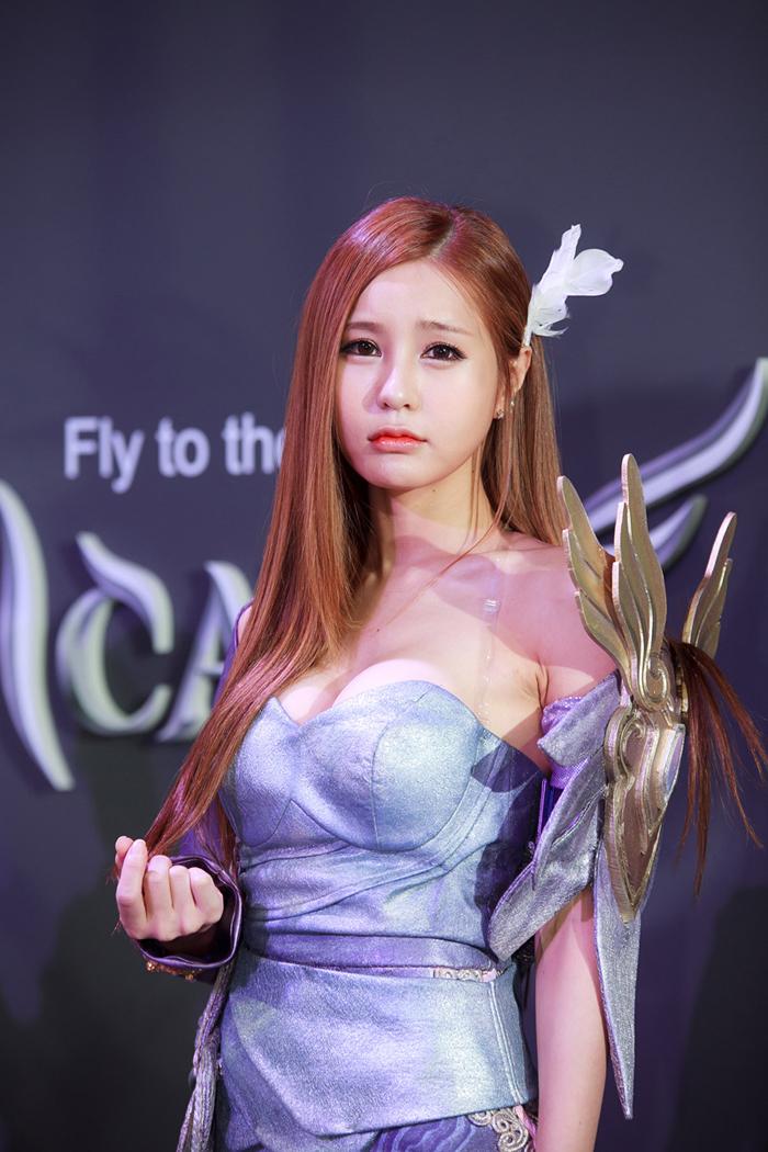 Showgirl G-star 2012: Park Soo Yu - Ảnh 11