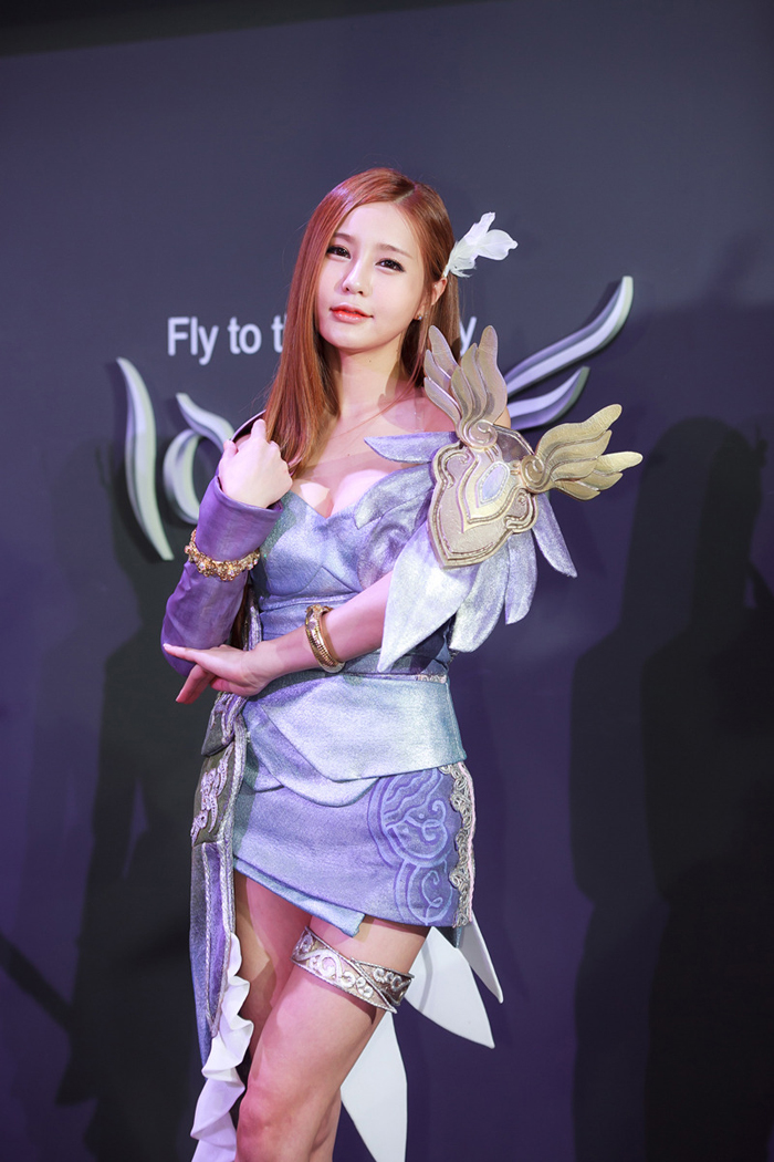 Showgirl G-star 2012: Park Soo Yu - Ảnh 12