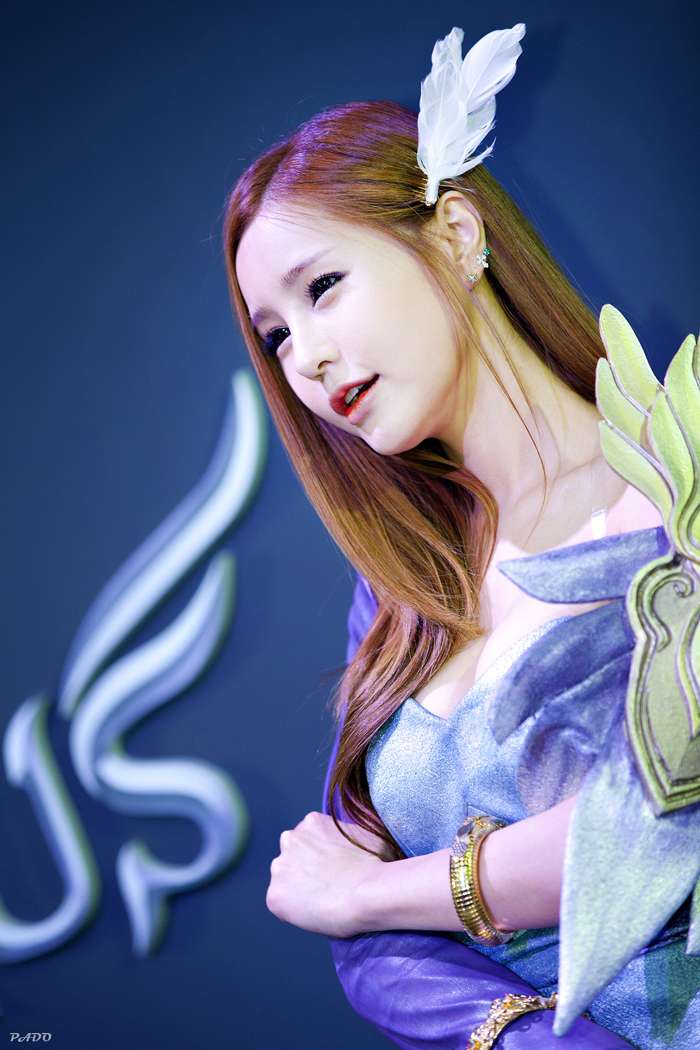 Showgirl G-star 2012: Park Soo Yu - Ảnh 49