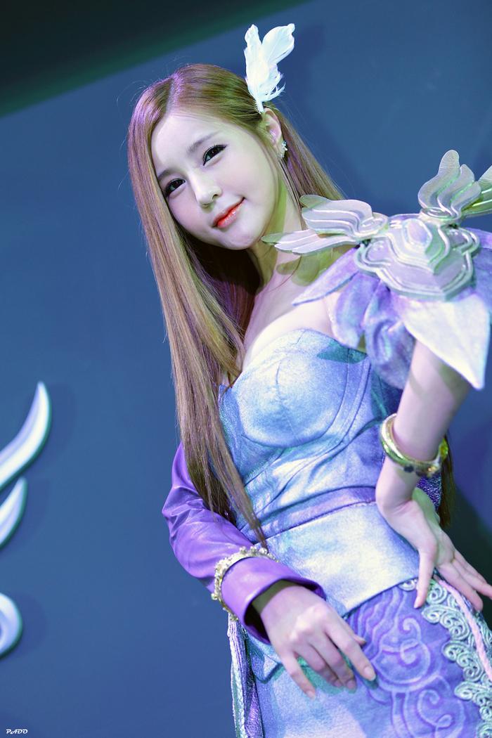 Showgirl G-star 2012: Park Soo Yu - Ảnh 50