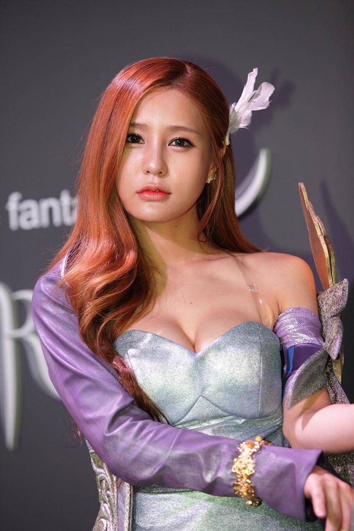 Showgirl G-star 2012: Park Soo Yu - Ảnh 51