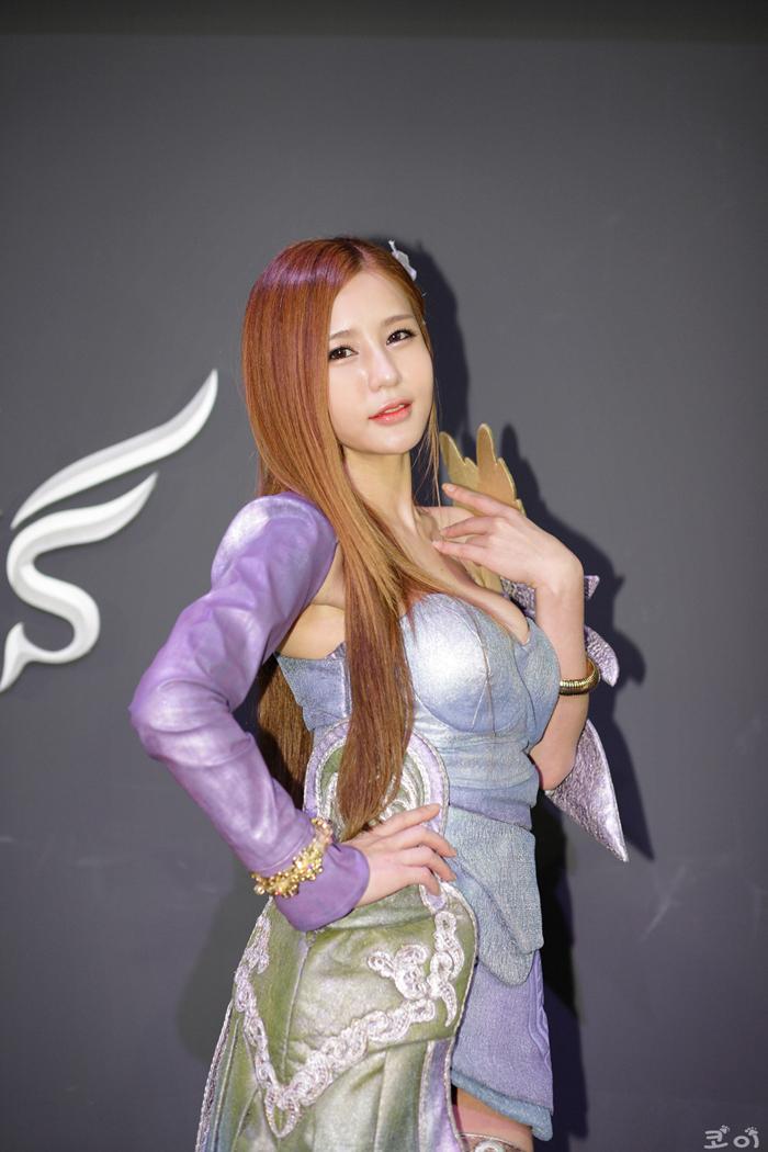 Showgirl G-star 2012: Park Soo Yu - Ảnh 56