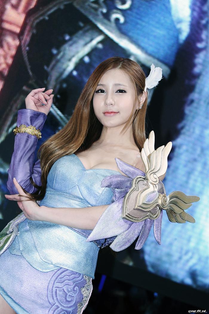 Showgirl G-star 2012: Park Soo Yu - Ảnh 65