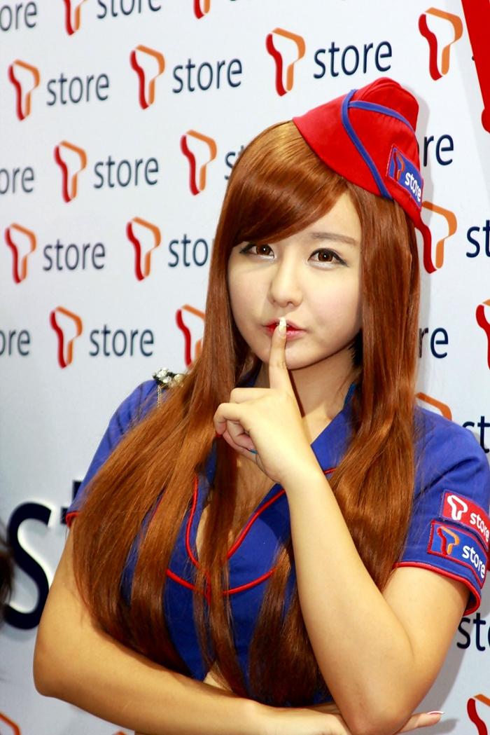 Showgirl G-star 2012: Ryu Ji Hye - Ảnh 71