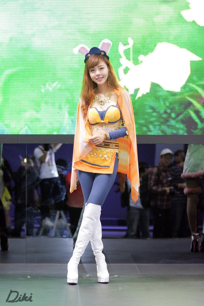 Showgirl G-star 2012: Seo Ji Ah - Ảnh 104