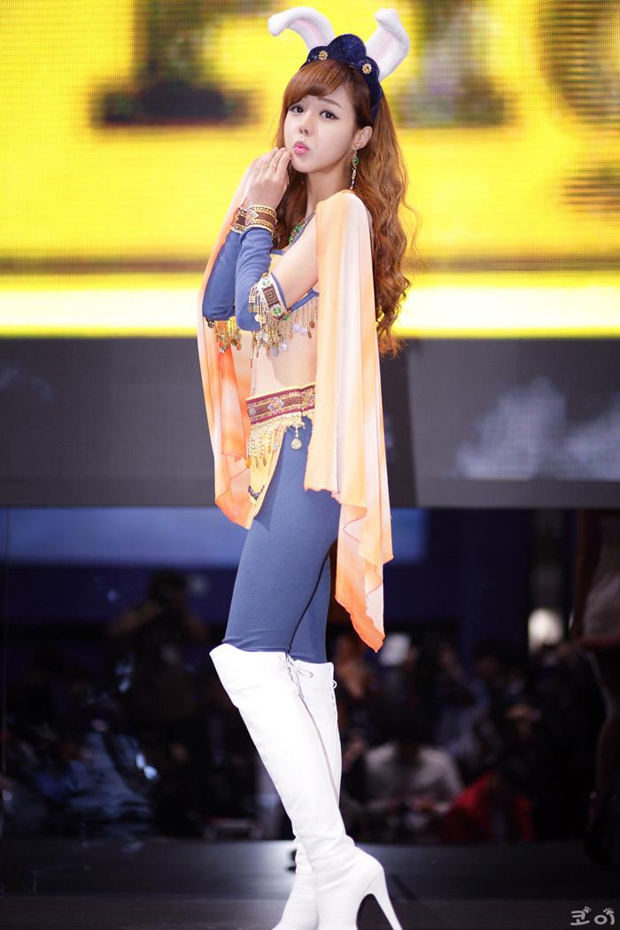 Showgirl G-star 2012: Seo Ji Ah - Ảnh 108