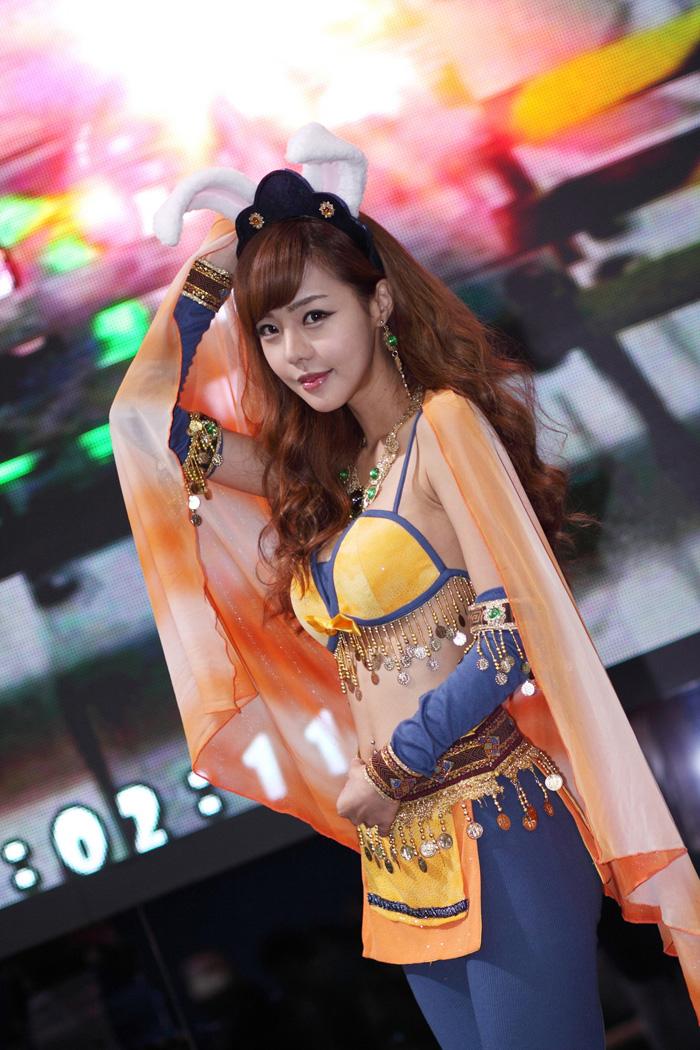 Showgirl G-star 2012: Seo Ji Ah - Ảnh 12