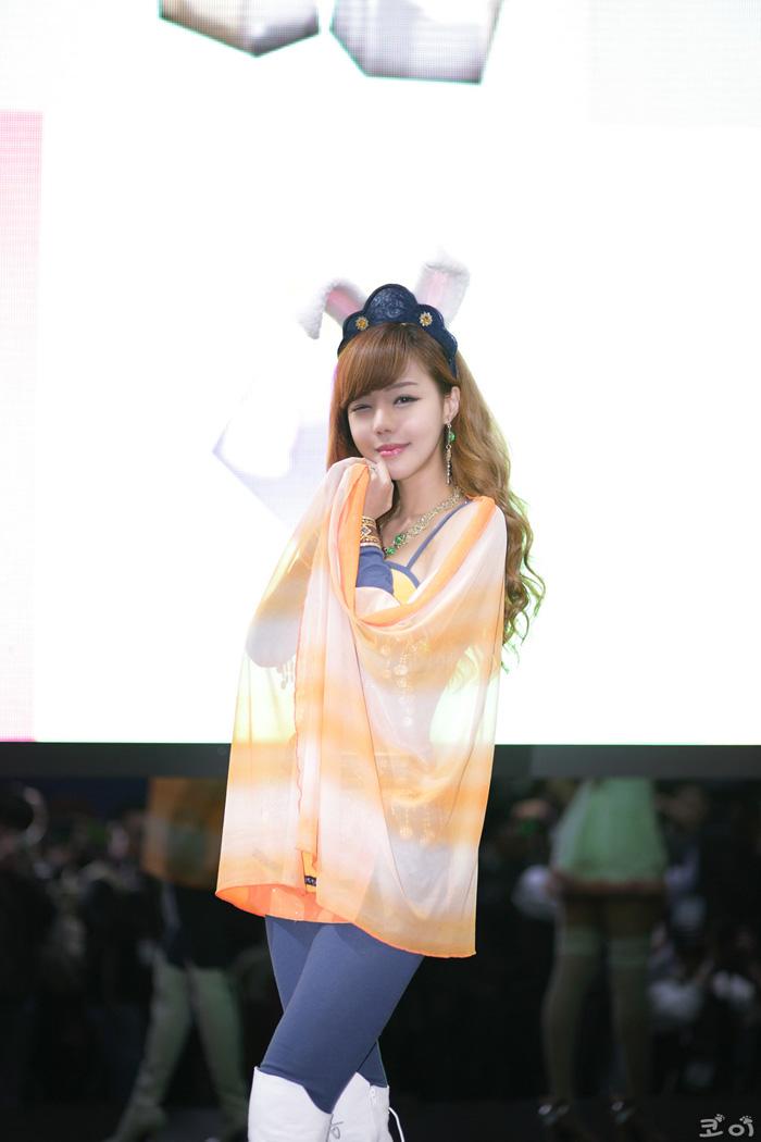 Showgirl G-star 2012: Seo Ji Ah - Ảnh 114