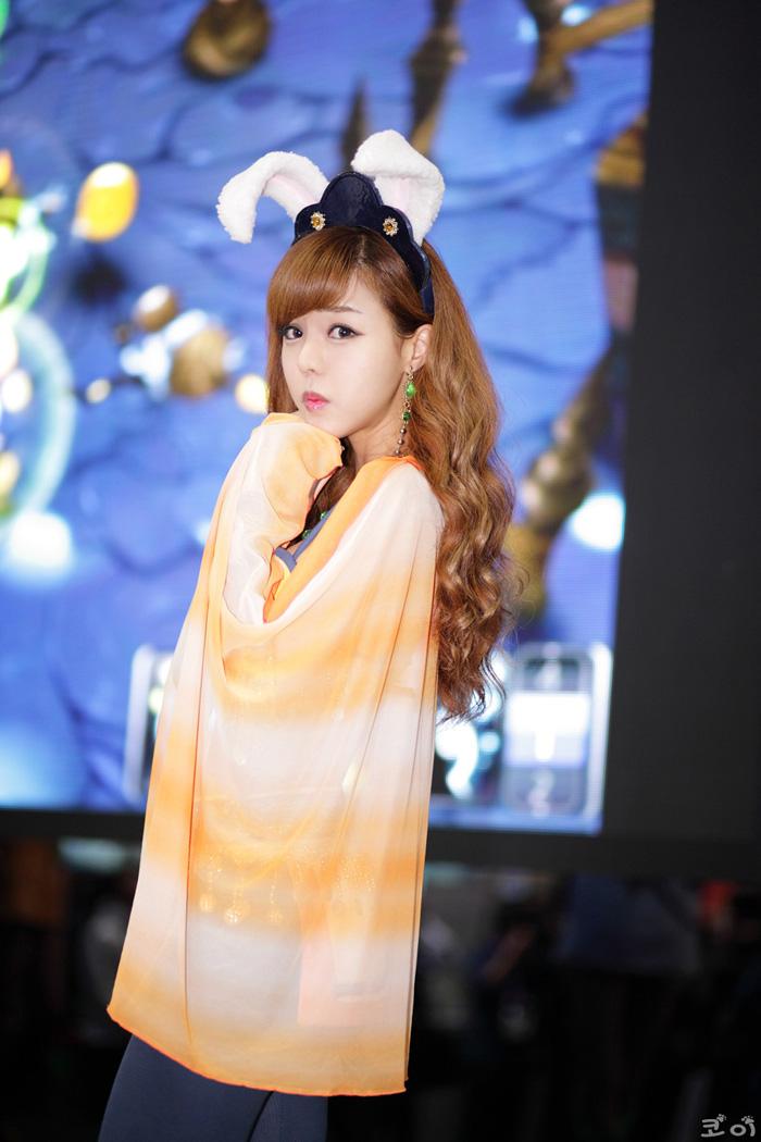 Showgirl G-star 2012: Seo Ji Ah - Ảnh 115