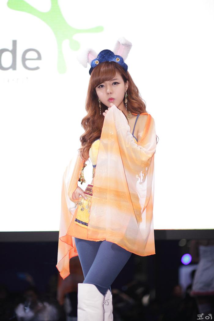 Showgirl G-star 2012: Seo Ji Ah - Ảnh 118
