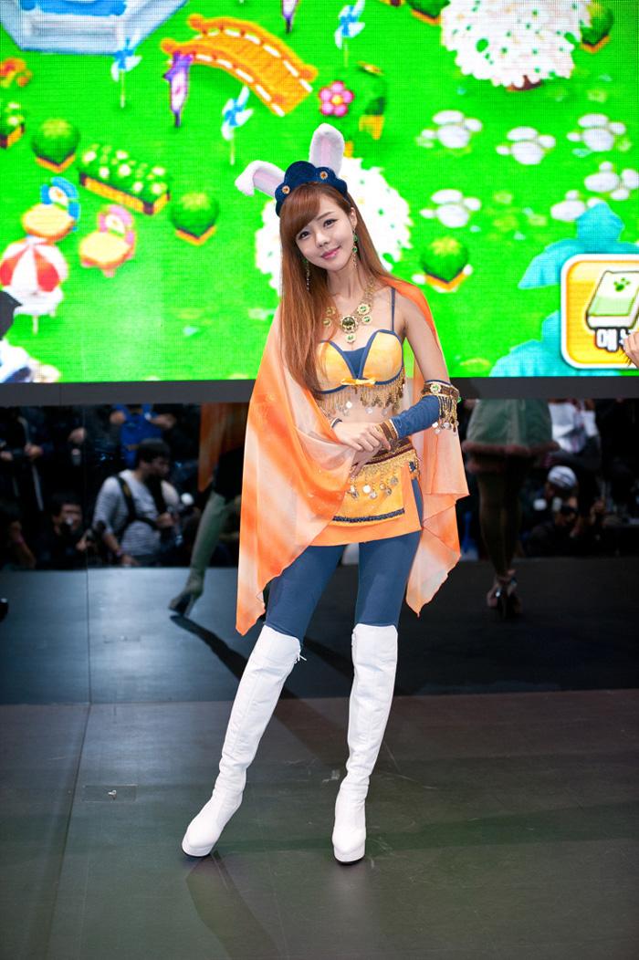 Showgirl G-star 2012: Seo Ji Ah - Ảnh 14
