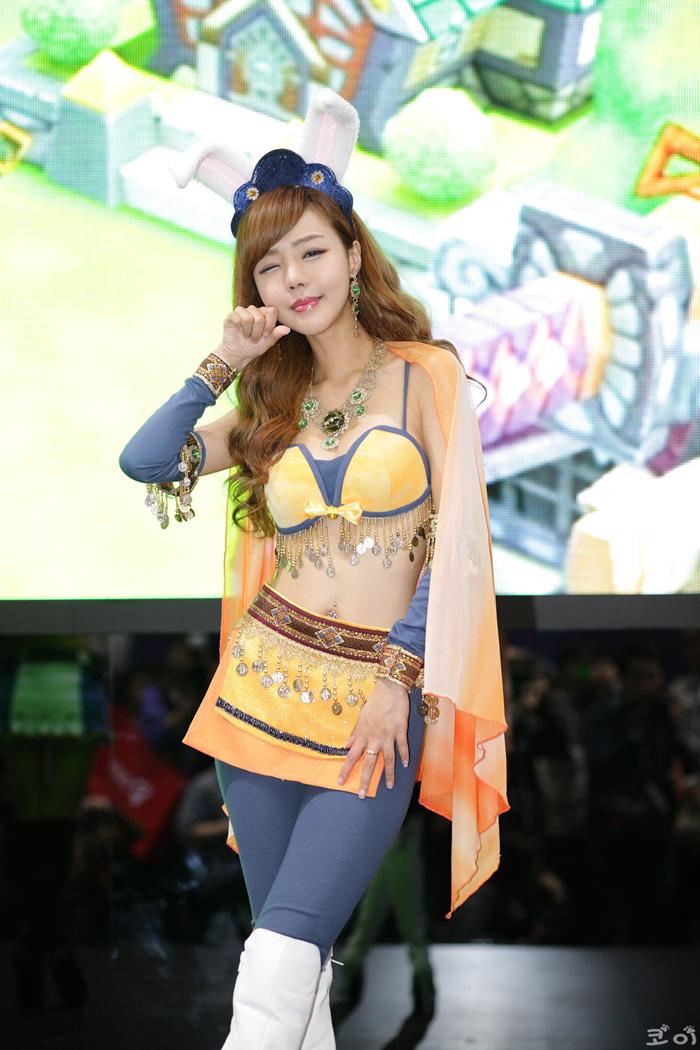 Showgirl G-star 2012: Seo Ji Ah - Ảnh 133